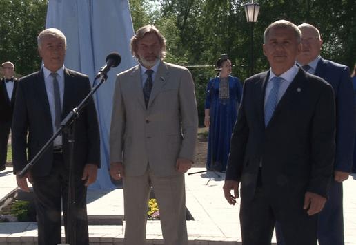 Открытие памятника Минниханов и Шанцев