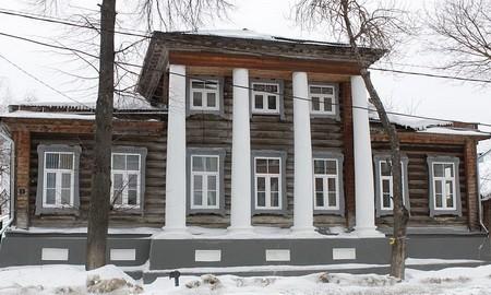 Деревянный дом купца А.И. Попова