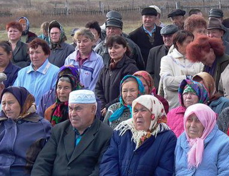 Жители села Татарская Караболка