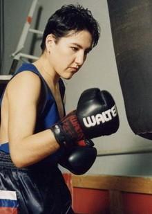 Зульфия Кутдюсова чемпионка мира по боксу и кикбоксингу