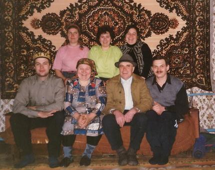 Гаяр хазрат Мустафин с семьей